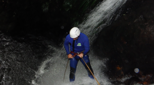 Canyoning-Guadeloupe-Canyon of Ravine Chaude in Guadeloupe-3