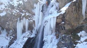 Canyoning-Hautes-Pyrénées-Canyon Hivernal / Ice Canyoning de l'Ossoue (Aval) dans les Hautes Pyrénées-2