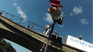 Bungee Jumping-Paris-Bungee jumping from Viaduc de Saint Georges-le-Gaultier (45m) near Paris-2