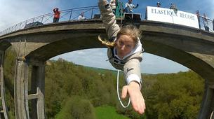 Bungee Jumping-Paris-Bungee jumping from Viaduc de Saint Georges-le-Gaultier (45m) near Paris-1