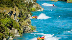 Jet Boat-Queenstown-Jet boating on the Kawarau River, Queenstown-1