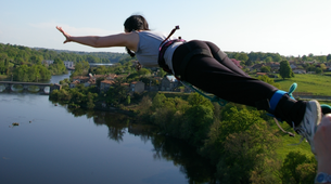 Bungee Jumping-Vienne-Saut à l'Elastique au Viaduc de l'Isle Jourdain près de Poitiers (47 mètres)-3