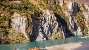 Jet Boat-Queenstown-Jet boating on the Kawarau River, Queenstown-2