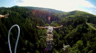 Bungee Jumping-Haute-Loire-Bungee jumping from Viaduc de la Recoumène (65 m) near Le Puy en Velay-5