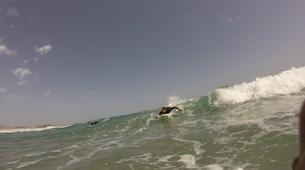 Surfing-Caleta de Famara, Lanzarote-Beginner surfing course in Caleta de Famara, Lanzarote-8