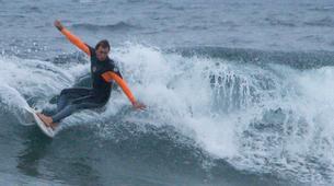 Surf-Caleta de Famara, Lanzarote-Intermediate surfing course in Caleta de Famara, Lanzarote-2