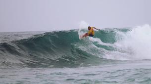 Surf-Caleta de Famara, Lanzarote-Intermediate surfing course in Caleta de Famara, Lanzarote-6