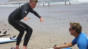 Surfing-Caleta de Famara, Lanzarote-Beginner surfing course in Caleta de Famara, Lanzarote-11