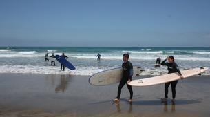 Surfing-Caleta de Famara, Lanzarote-Beginner surfing course in Caleta de Famara, Lanzarote-2