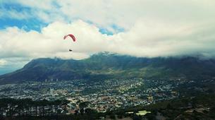Parapente-Le Cap-Tandem paragliding flight in Lion's Head in Cape Town-10