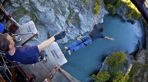 Bungee Jumping-Queenstown-Bungee jumping from the World's First Bungee (43m.) in Queenstown-2