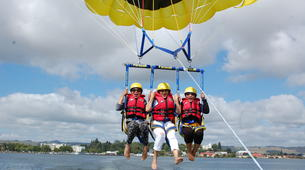 Parasailing-Rotorua-Parasailing over Lake Rotorua-2
