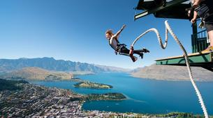 Bungee Jumping-Queenstown-Bungee jumping from the Ledge (47m Freestyle with Epic Views) in Queenstown-1