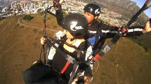 Parapente-Le Cap-Tandem paragliding flight in Lion's Head in Cape Town-7