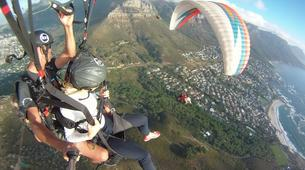 Parapente-Le Cap-Tandem paragliding flight in Lion's Head in Cape Town-1