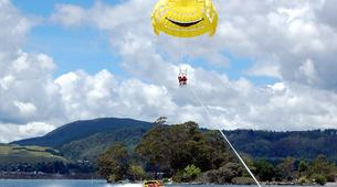 Parasailing-Rotorua-Parasailing over Lake Rotorua-3