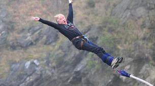 Bungee Jumping-Queenstown-Bungee jumping from the World's First Bungee (43m.) in Queenstown-1