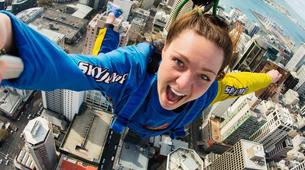 Bungee Jumping-Auckland-SkyJump (192m. and Jump Speed of 85kph) in Auckland-1