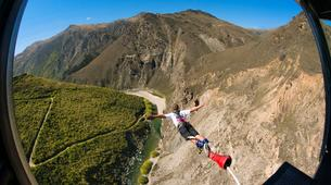 Bungee Jumping-Queenstown-Bungee jumping over Nevis River (134m. Australasia's Highest) in Queenstown-3