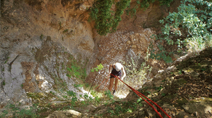 Canyoning-Kefalonia-Zoodochou Pigi's Canyon in Kefalonia-5