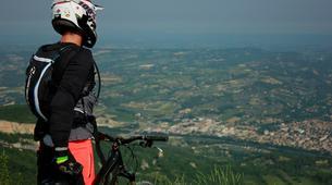 VTT-Mont Ventoux-VTT Enduro et Downhill dans le Bike Park de Nyons-1