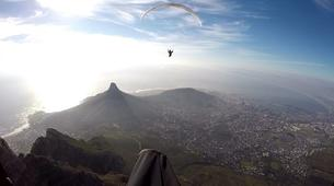 Parapente-Le Cap-Tandem paragliding flight in Lion's Head in Cape Town-5