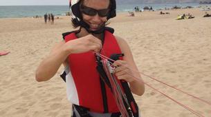 Kitesurf-Praia do Guincho-Beginner kitesurfing lessons on Praia do Guincho, near Lisbon-3