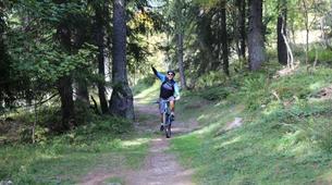 Vélo de Descente-Chamonix Mont-Blanc-Randonnée VTT à Chamonix-3