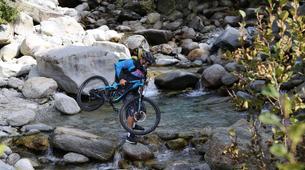 Vélo de Descente-Chamonix Mont-Blanc-Randonnée VTT à Chamonix-5