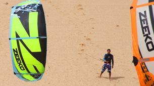Kitesurf-Praia do Guincho-Beginner kitesurfing lessons on Praia do Guincho, near Lisbon-1