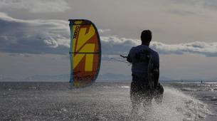 Kitesurfing-Praia do Guincho-Intermediate to advanced kitesurfing lesson on Praia do Guincho, near Lisbon-3