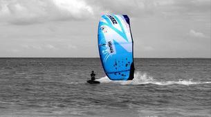 Kitesurfing-Praia do Guincho-Intermediate to advanced kitesurfing lesson on Praia do Guincho, near Lisbon-5