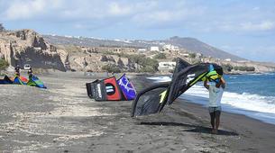 Kitesurf-Santorin-Kitesurf rentals in Santorini-3