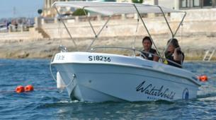 Jet Boating-Malta-Power boating excursion in Blue Lagoon, Malta-3