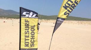 Kitesurf-Praia do Guincho-Beginner kitesurfing lessons on Praia do Guincho, near Lisbon-5
