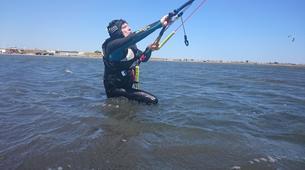 Kitesurfing-Narbonne-Kitesurfing lessons in Gruissan-4