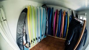 Surf-Peniche-Surfing lessons in Praia da Areia Branca near Peniche-4