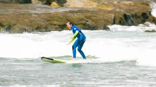 Surfing-Auckland-Surfing lessons on Muriwai Beach near Auckland-1