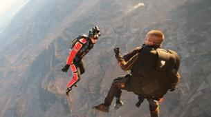 Parachutisme-Narbonne-Saut en parachute tandem à Lézignan-Corbières, près de Narbonne-3