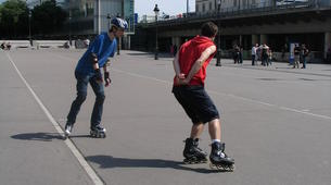Inline Skating-Paris-Cours de Roller sur la Place de la Bastille, Paris-3