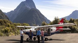Scenic Flights-Queenstown-Milford Sound hike & flight from Queenstown-1
