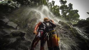 Canyoning-São Miguel-Canyoning the Ribeira dos Caldeiroes in Sao Miguel-5