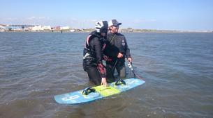 Kitesurfing-Narbonne-Kitesurfing lessons in Gruissan-2