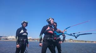 Kitesurfing-Narbonne-Kitesurfing lessons in Gruissan-6