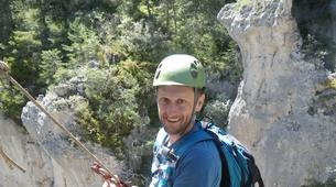 Abseiling-Gorges du Tarn-Abseiling in Gorges du Tarn, Cevennes National Park-3