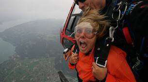 Skydiving-Interlaken-Tandem helicopter skydive over Interlaken or Lauterbrunnen-6