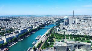 Helicopter tours-Paris-Helicopter flight over Paris and the Château de Versailles-6