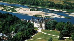 Helicopter tours-Tours-Scenic flight over the châteaux of the Loire Valley, France-2