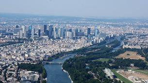 Helicopter tours-Paris-Helicopter flight over Paris and the Château de Versailles-4