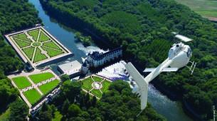 Helicoptère-Tours-Vol en Hélicoptère au-dessus des Châteaux de la Loire-3